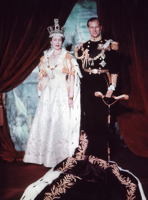 Elizabeth_II_&_Philip_after_Coronation